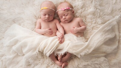 2 Cute Baby Sleep Photo 4K