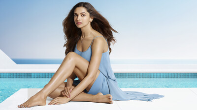 Actress Deepika Padukone 8K Wallpaper