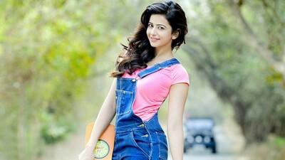 Actress Rakul Preet Portrait Wallpaper