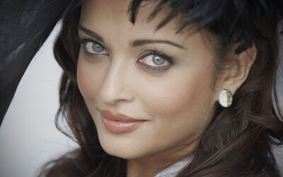 Beautiful Actress Aishwarya Rai