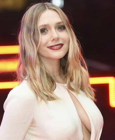 Beautiful Elizabeth Olsen Actress