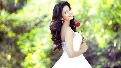 Beautiful Rakul Preet Indian Celebrity With Rose