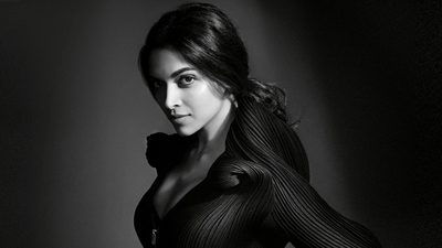 Black Look of Deepika Padukone