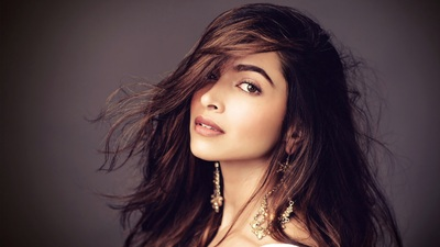 Bombastic 4K Photo Of Deepika Padukone