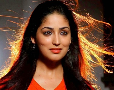 Crazy Look of Yami Gautam in Flying Hairs
