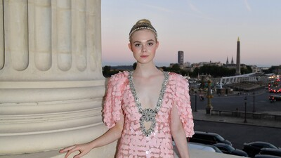 Cute Actress Elle Fanning Photo