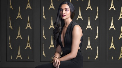 Deepika Padukone in Scenic Black Dress