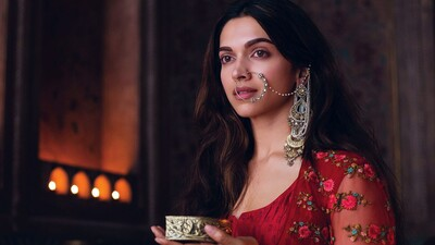 Deepika Padukone Movie Wallpaper