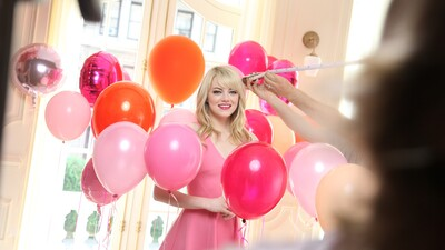 Emma Stone With Balloons American Actress 5K