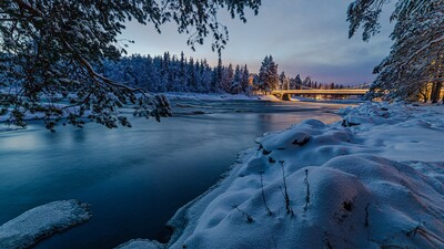 Freeze River in Winter 4K Photo