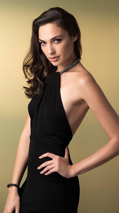 Gal Gadot Hollywood Actress in Black