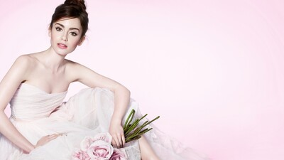 Lily Collins Beautiful Actress Wallpaper