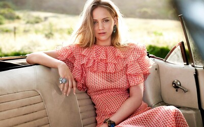 Pretty Jennifer Lawrence in Pink Dress Photography