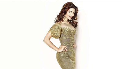 Urvashi Rautela Ultra HD Wallpaper