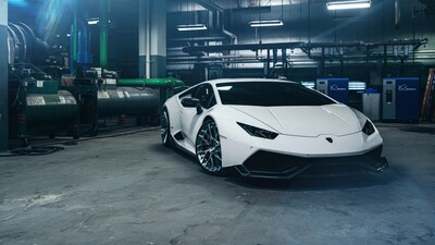 White Lamborghini Huracan 4K Photo