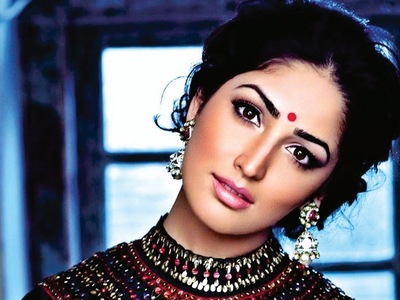 Yami Gautam Old Movie Wallpaper Download